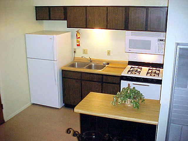 Don quixote apartments albuquerque Studio apartment kitchen
